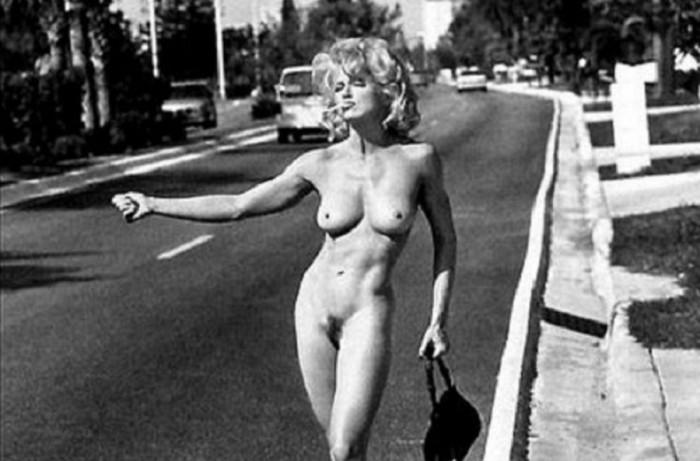 Madonna-foto-tratta-dal-suo-sex-book-del-1992-realizzato-in-collaborazione-con-lo-studio-di-Steven-Meisel-900x594